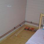 Монтаж труб в комнате